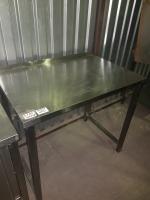 Стол разделочный с бортом  1000*650 БУ