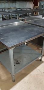 Стол разделочный с бортом 1000*800 мм БУ